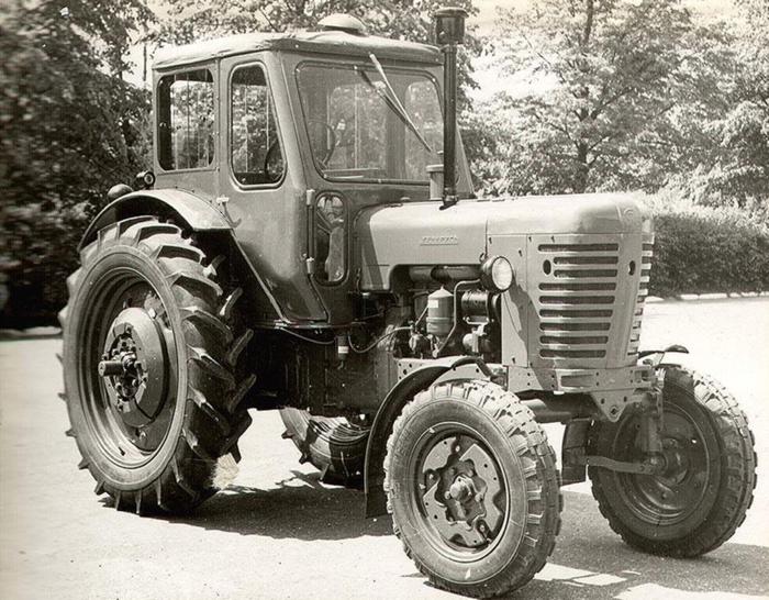 Трактор МТЗ первые модификации
