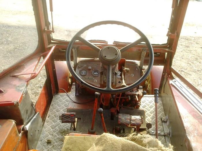 Кабина трактора т 25