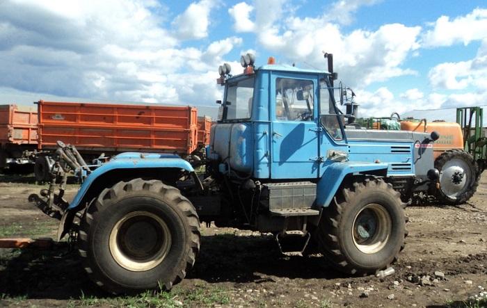 Трактор ХТЗ 150