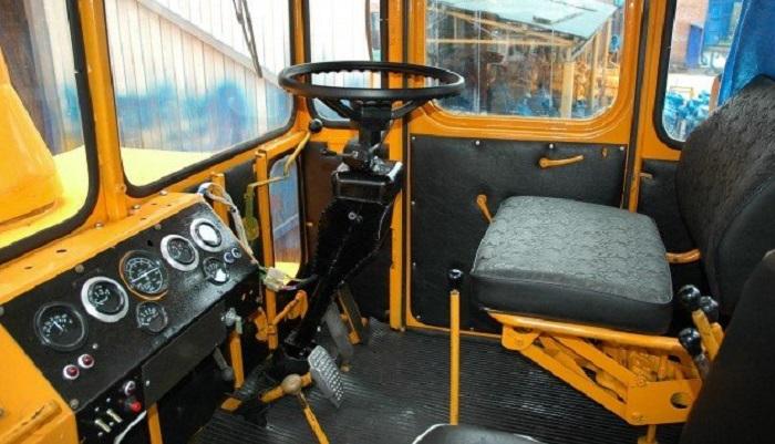 Кабина трактора К 700