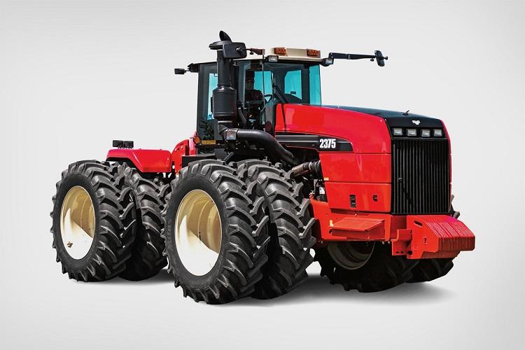 Модель трактора